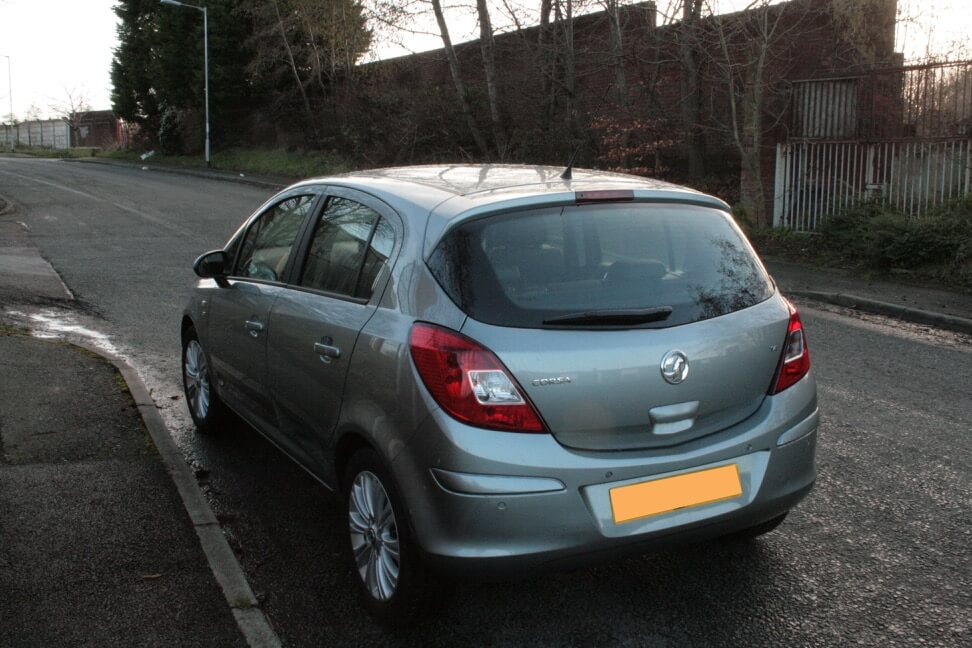 Small 5 door car e.g. Vauxhall Corsa/Ford Fiesta for hire